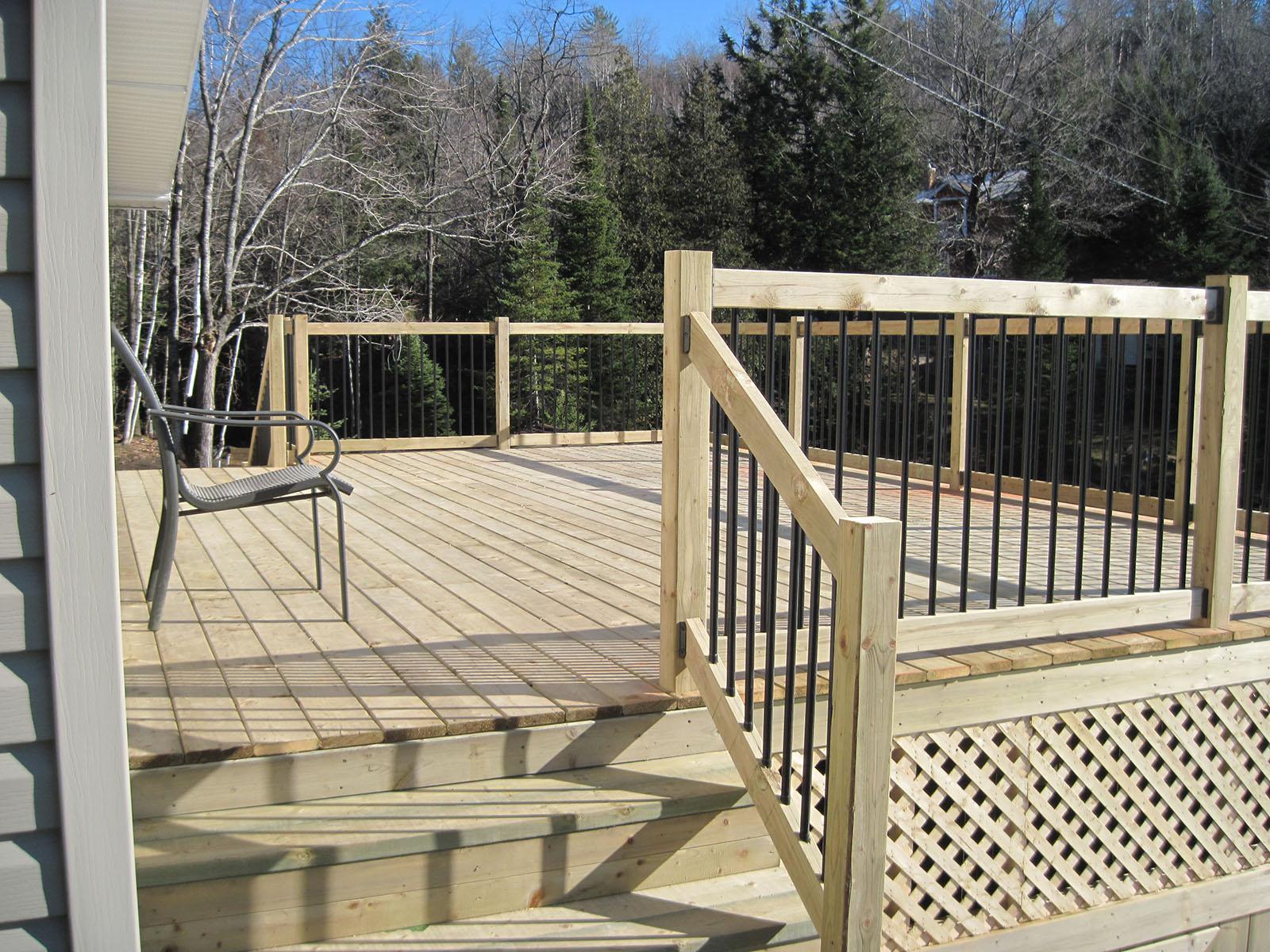 Patio, pergola et clôtures de bois exemple 10