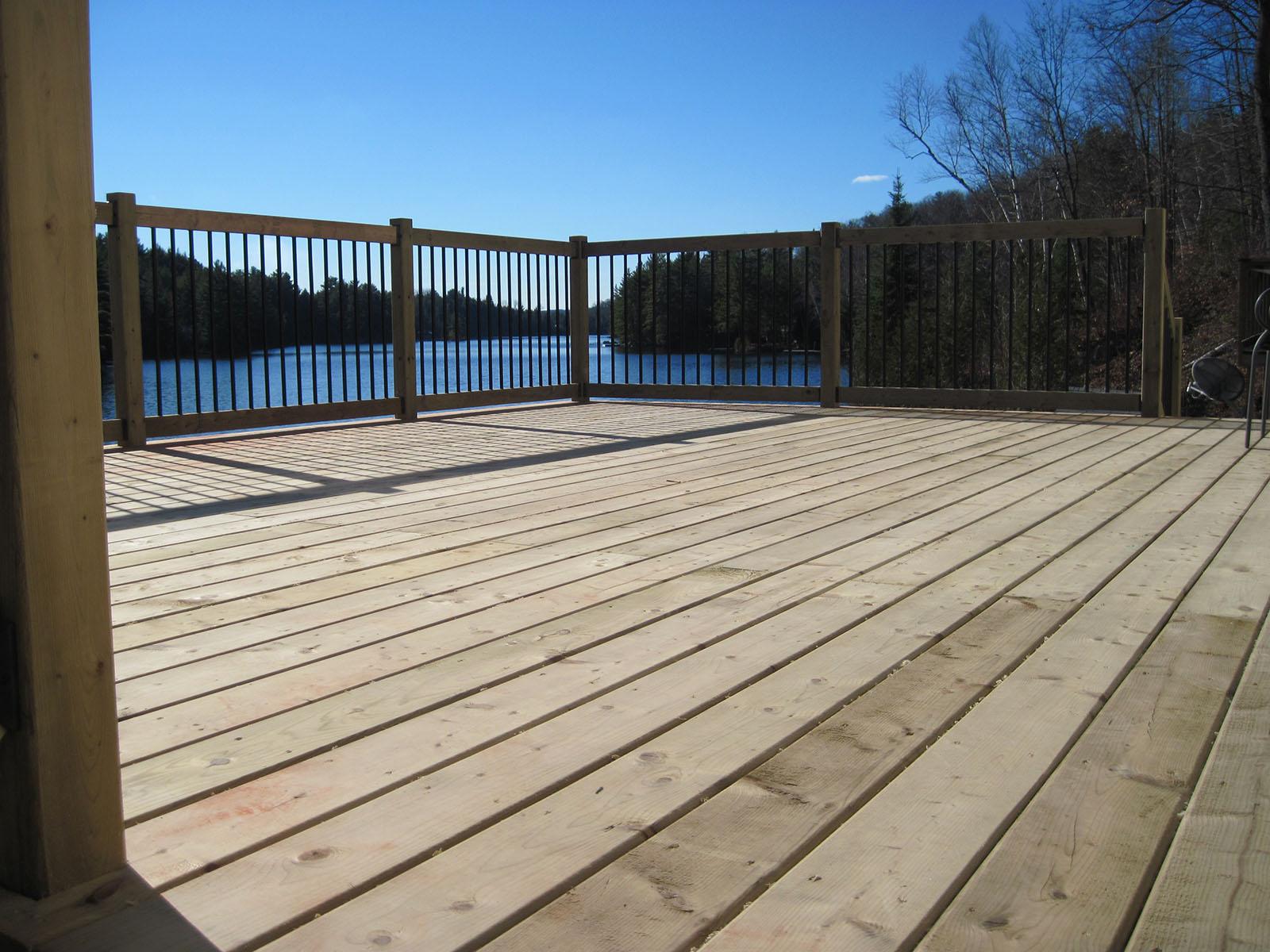 Patio, pergola et clôtures de bois exemple 11