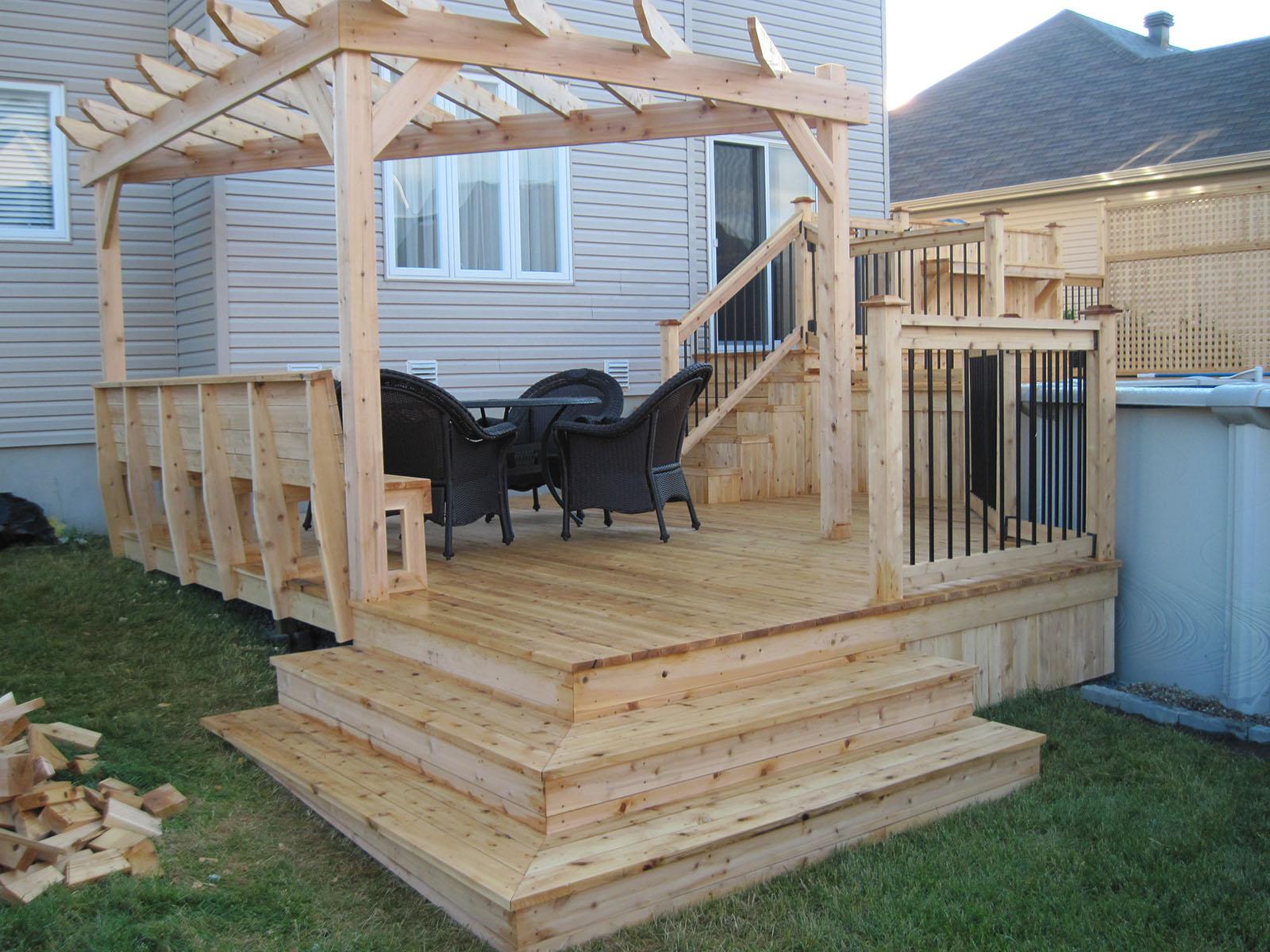 Patio, pergola et clôtures de bois exemple 12