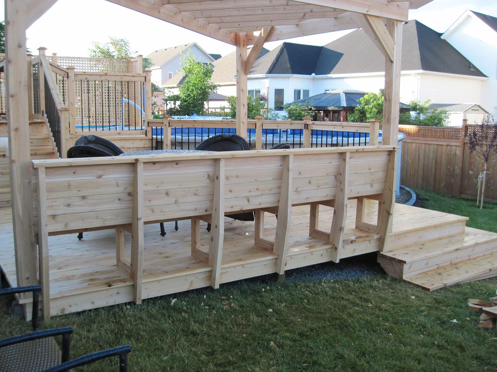 Patio, pergola et clôtures de bois exemple 2