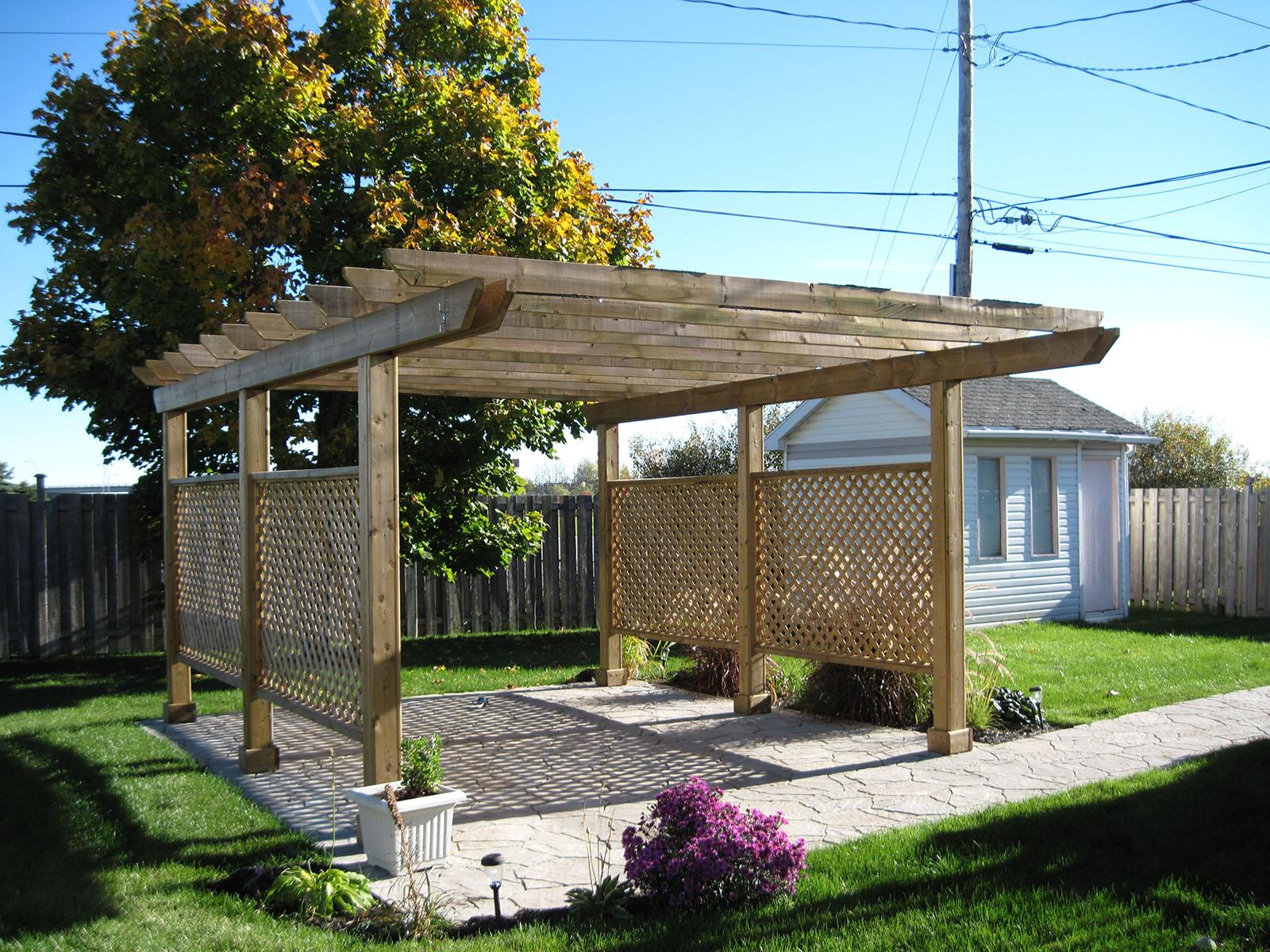 Patio, pergola et clôtures de bois exemple 9